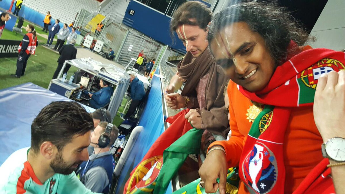 """Swami Vishwananda on Twitter """"I was in Lille supporting Rui"""