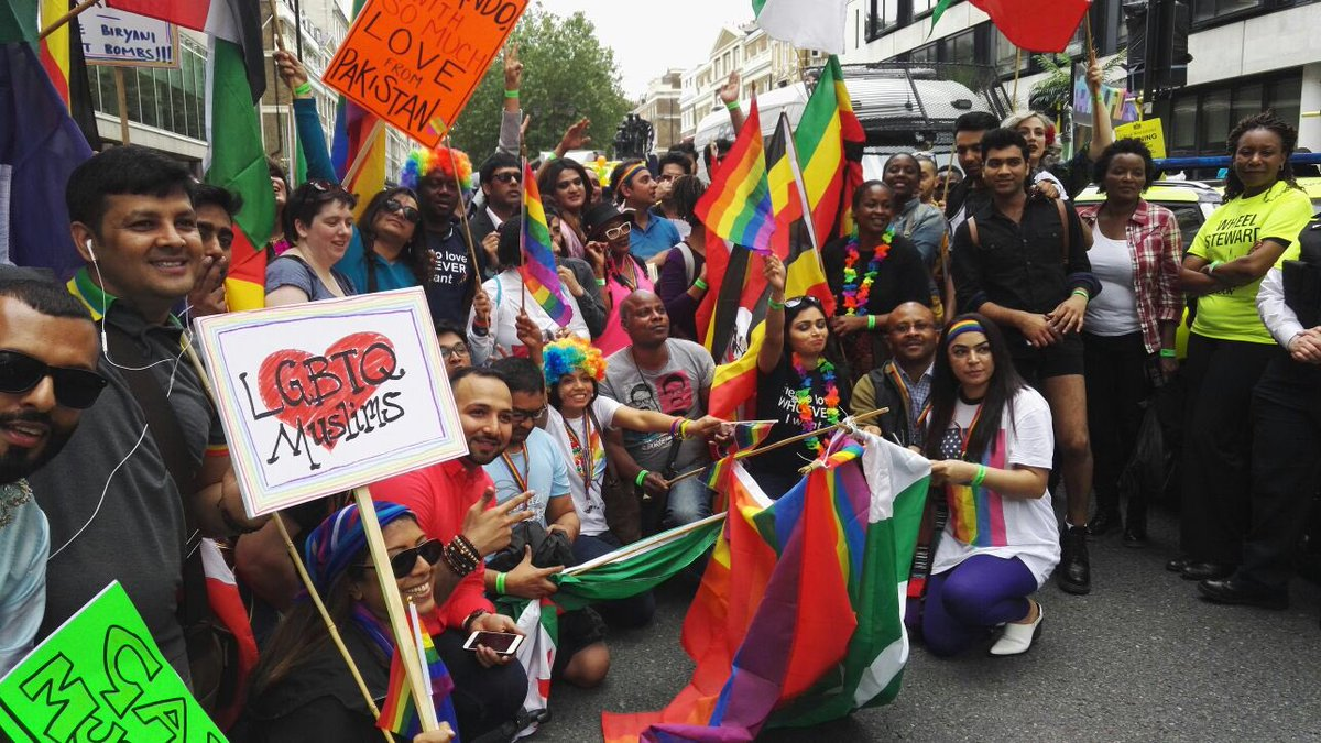 At #PrideinLondon today LGBTQ Muslims come out & show solidarity with #Orlando & #NoFilter with risk to themselves https://t.co/162kXMcT0z