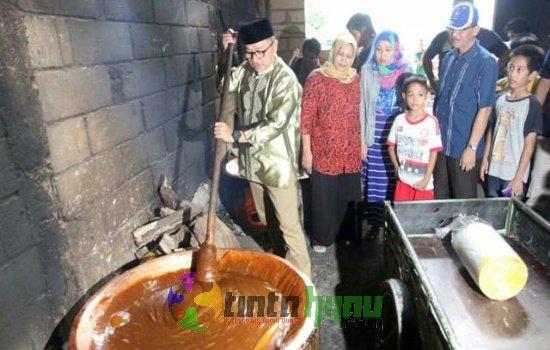 Kunjungi Sentra Pembuatan Dodol Betawi, Ketua MPR: Pemerintah Harus Suport UKM