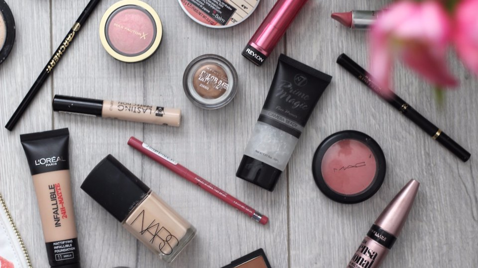 15 drugstore versions of your favorite high end beauty products https://t.co/Iuw17I983j https://t.co/WqLKjbh4MI