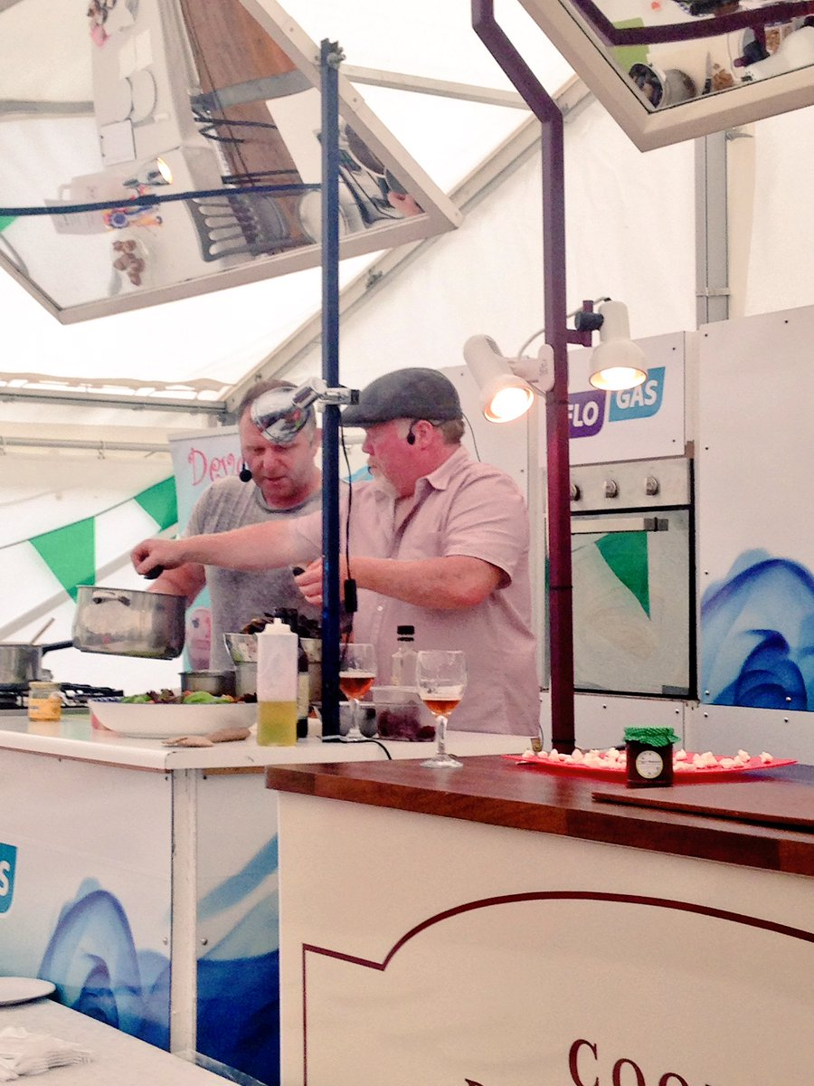 Come down for food Demos today @Congfoodvillage with @AranGoatCheese @LeahyBkeeping .Next up 230pm @mistereatgalway https://t.co/SCQv1VfBxi