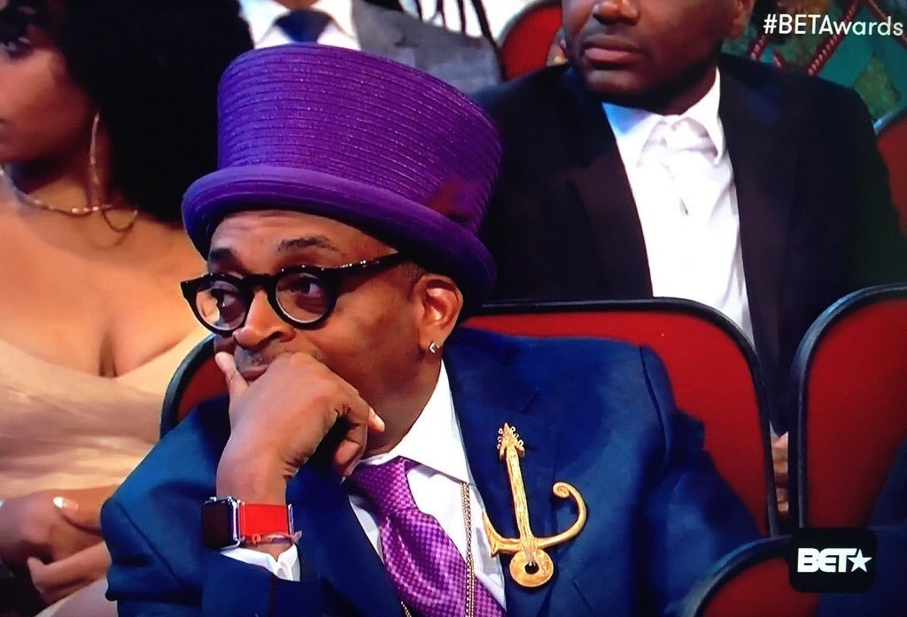 When you pull up to the Chocolate Factory and find out ain't no brothas on the wall https://t.co/V7AbLgQ3OL