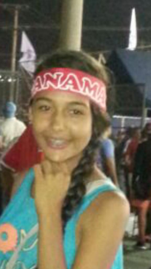 Esta joven es Yolanda Yesileth Solis Moreno 15 años esta DESAPARECIDA desde el viernes 17 junio @ProtegeryServir https://t.co/u3uBAcPfnA