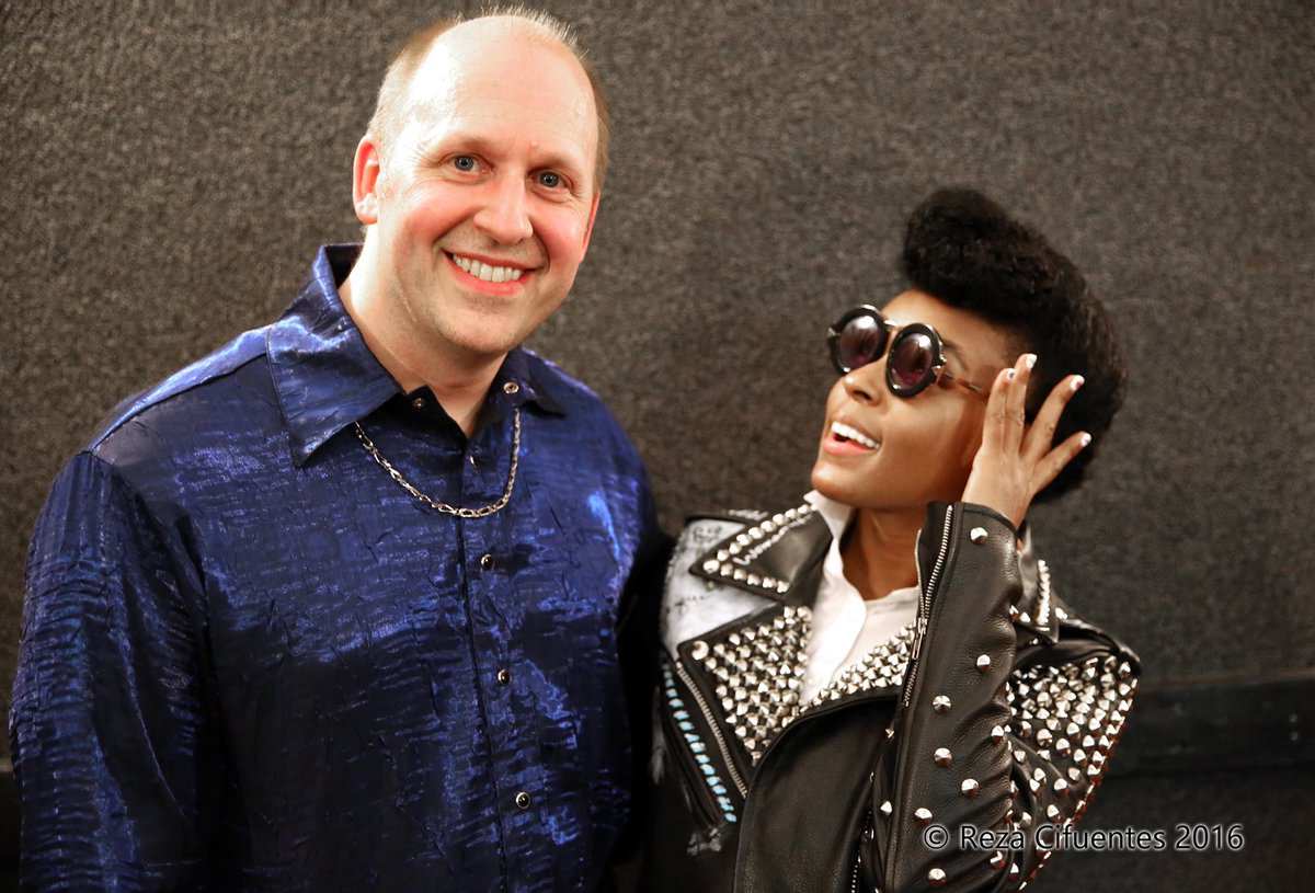 Met with the stunning @JanelleMonae! Catch her #Prince Tribute tonight...