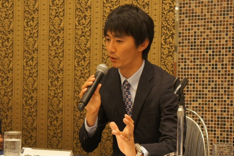 本日、日本プロサッカー選手会の定時総会及び理事会においてFC東京の高橋秀人選手が新しく会長に選ばれました。 #fctokyo #FC東京_観戦女子 #FC東京 #チカラをひとつに #jleague #jfa #daihyo #cl https://t.co/Rw5kjvv9BO