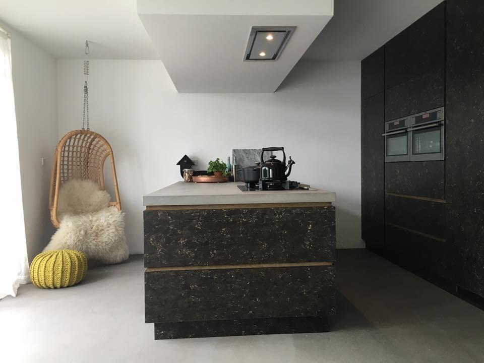 Black Industriele Keuken : Black industriele keuken minimalistische industrieel aswa keukens