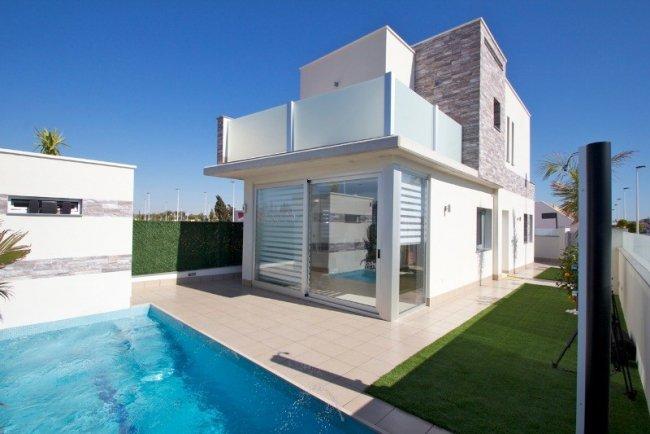 Бронировать дом в испании