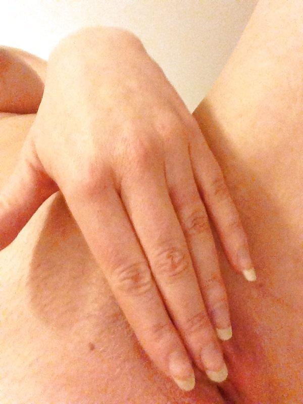 Nude Selfie 6230