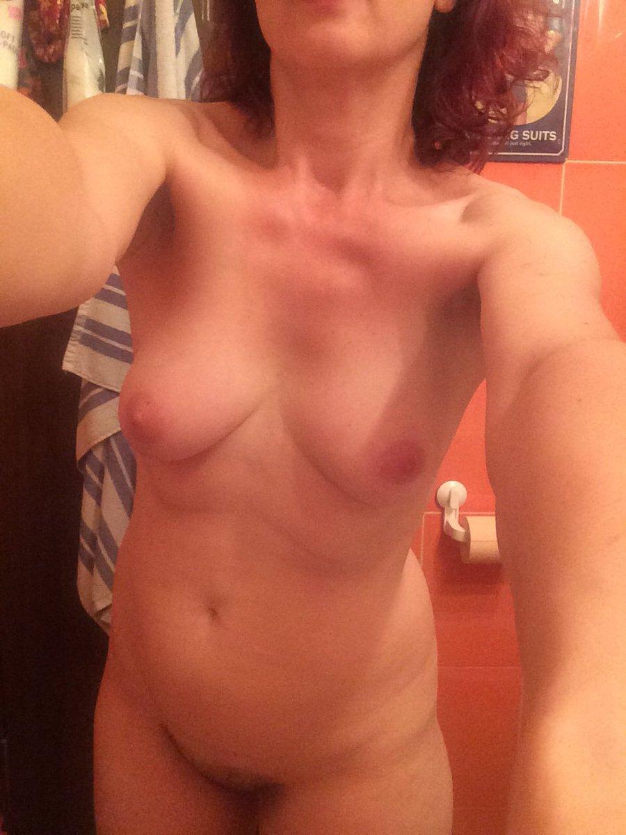 Nude Selfie 6252