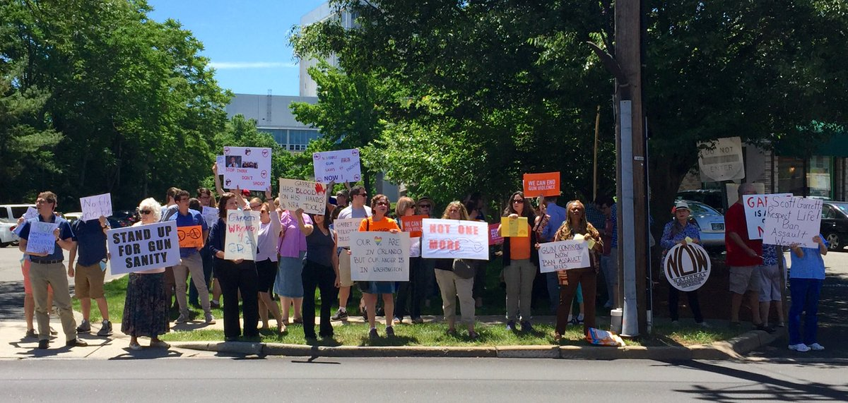 New Jersey stands with the #filibuster to say #Enough. This was today in Glen Rock, unhappy @RepGarrett country. https://t.co/8pkZ0kSpxk