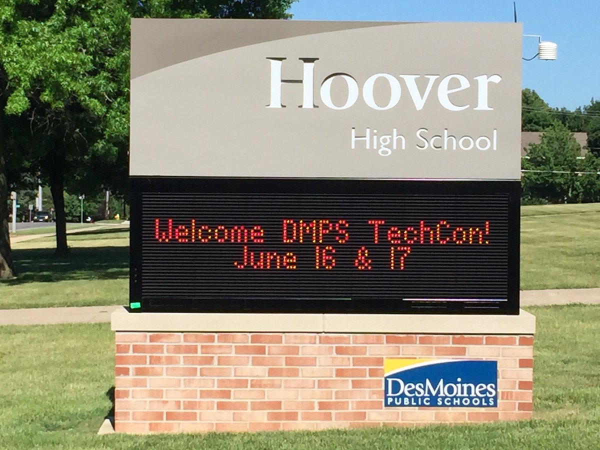 Thanks to @HooverHuskies for hosting our TechCon2016! Can't wait to learn from @chemelnalis and others! #innov8dmps https://t.co/zf2OyKW5Fj