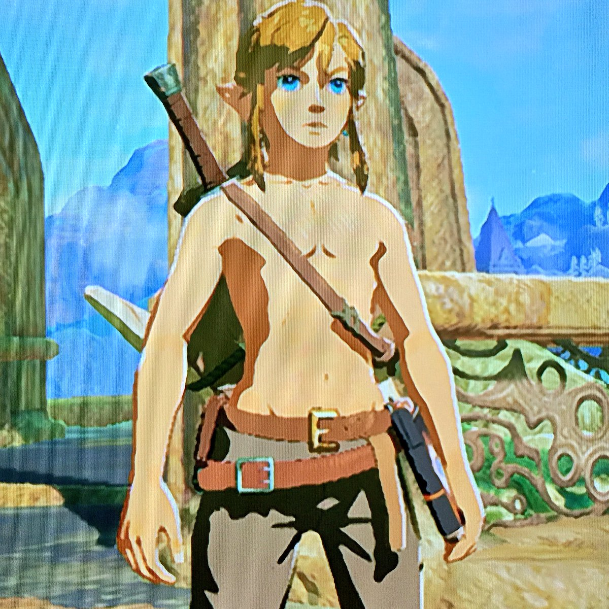 """apple eve on twitter: """"link really is a girl guys, look at those"""