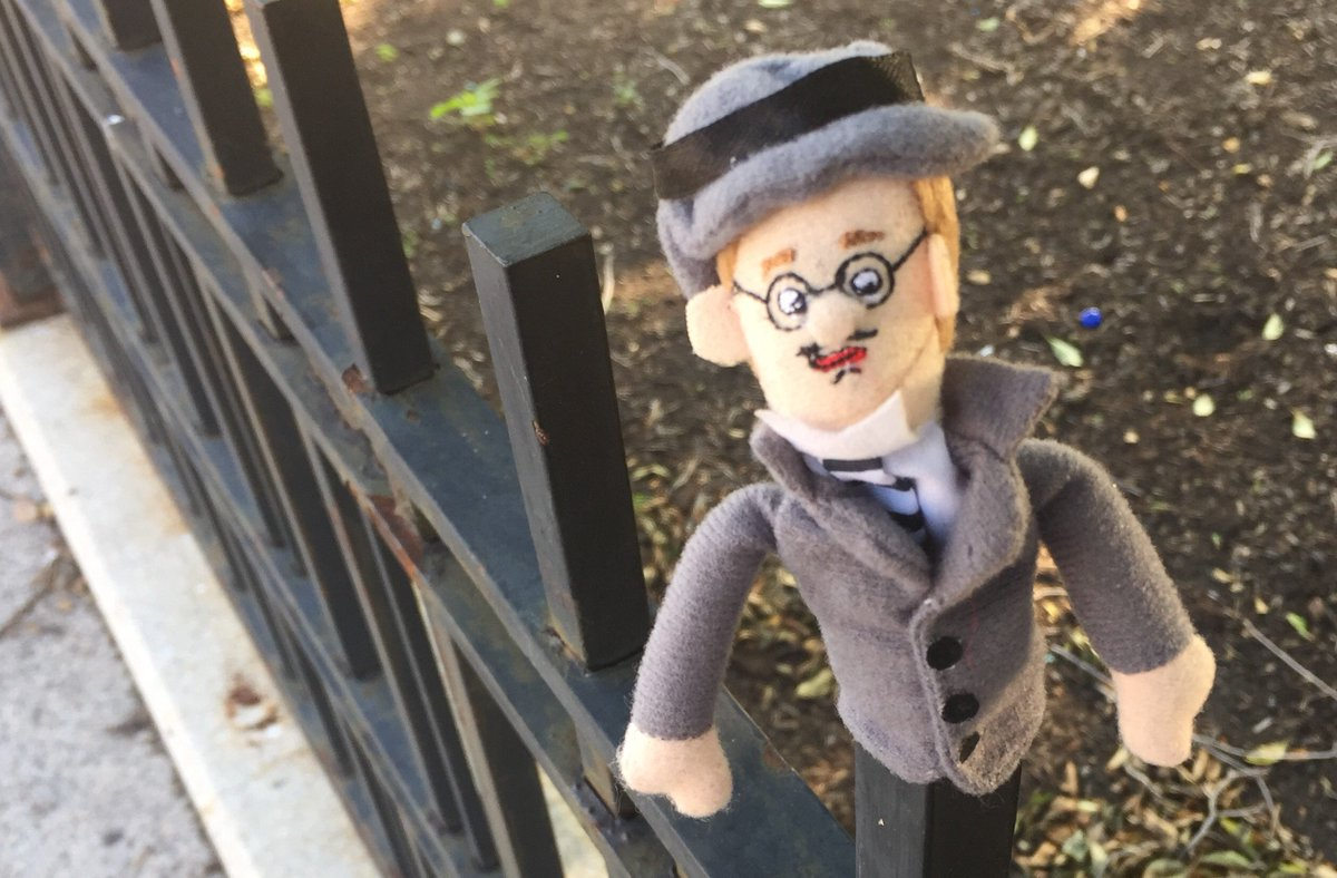 Joyce painfully misjudges the difficulty of scaling area railings at 7 Eccles St. #Dublin #Ulysses @JoyceInAPlace https://t.co/ODcmDSsQye