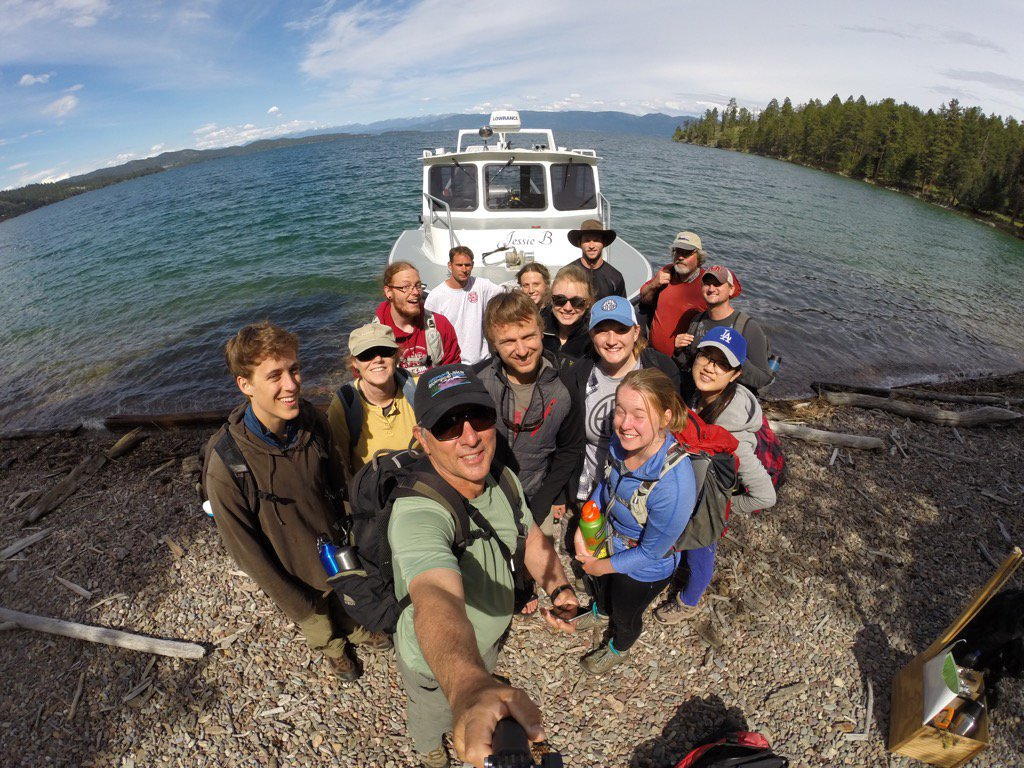 Sure was a great day and a great gang for @FLBSUM field ecology excursion to Wildhorse Island.  #flbs16 https://t.co/rKuwUlDmtd