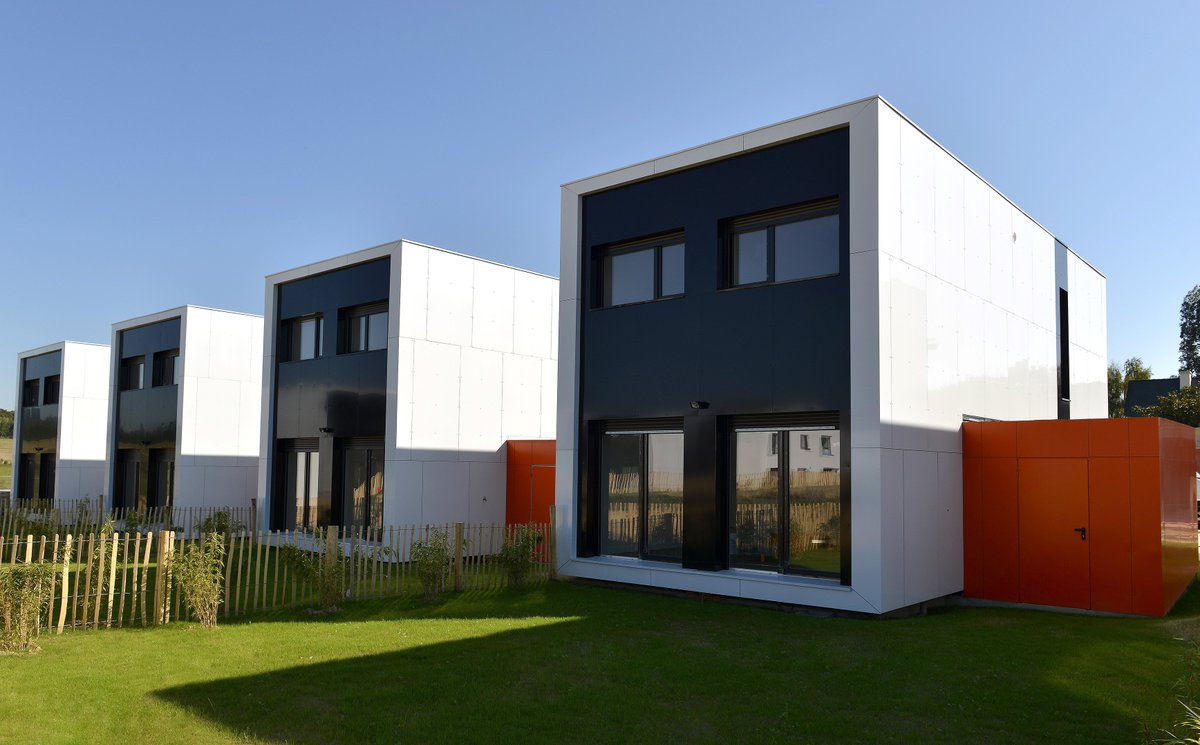Maison container nantes extension maison extension bois for Avant de construire une maison