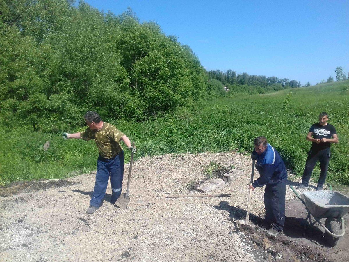 Проводятся работы по благоустройству родника на ул.Чкалова
