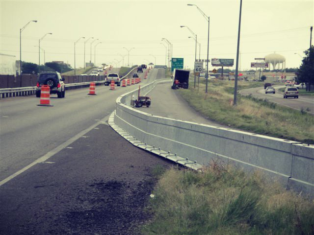 Look at that curve! #TBT to a 2010 project in Abilene, TX  #Zoneguard #PositiveProtection #SteelBarrierpic.twitter.com/fkUnGlSrjp