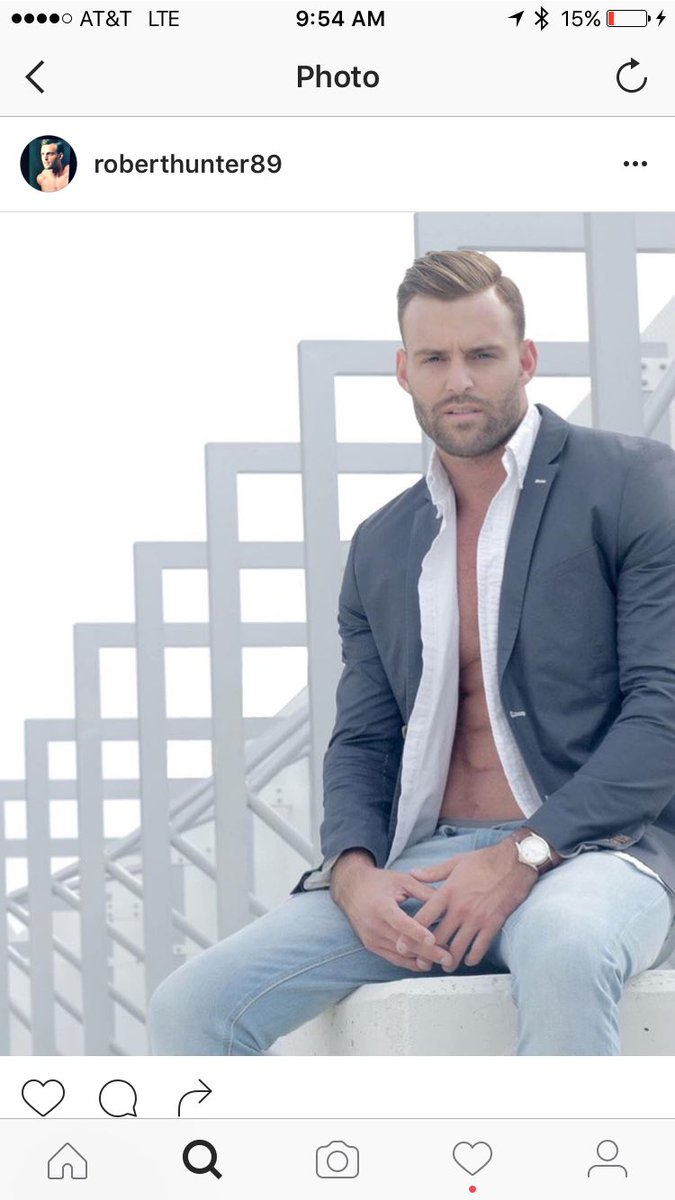 Robby Hayes - Bachelorette 12 - Fan Forum - Discussion  ClE9DYRWAAQFLUo
