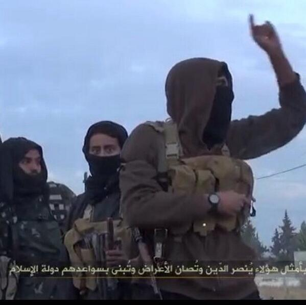 Islamic State's Abu Ayman al Iraqi (right) leading in Yabroud area, inside the Damascus governorate in early 2014 https://t.co/n4q4zYvsEu
