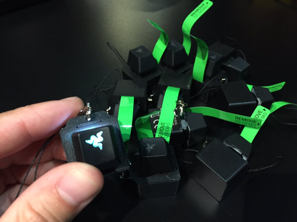 Couldn't make it to #E3? Np, we got you.  RT & follow for a chance to win 1 of 10 Chroma keycap keychains. #RazerE3 https://t.co/1wrs4S7fDk