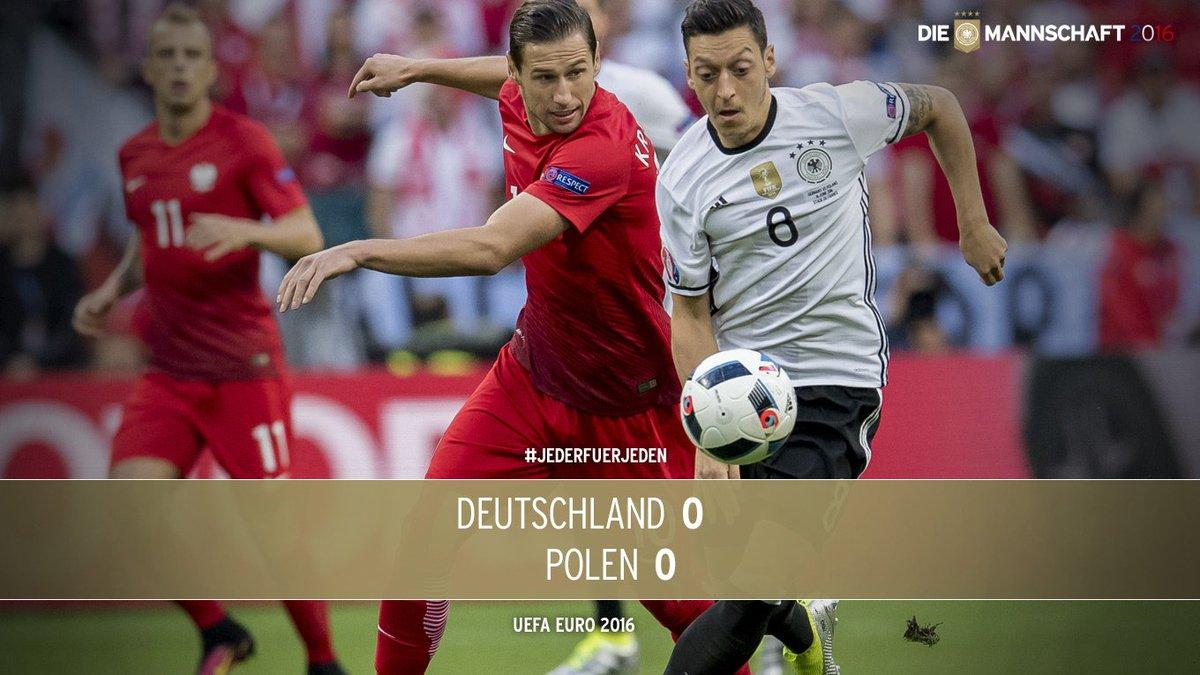 Schluss im Stade de France! Deutschland und Polen trennen sich 0:0-Unentschieden. #JederFuerJeden #EURO2016 #GERPOL