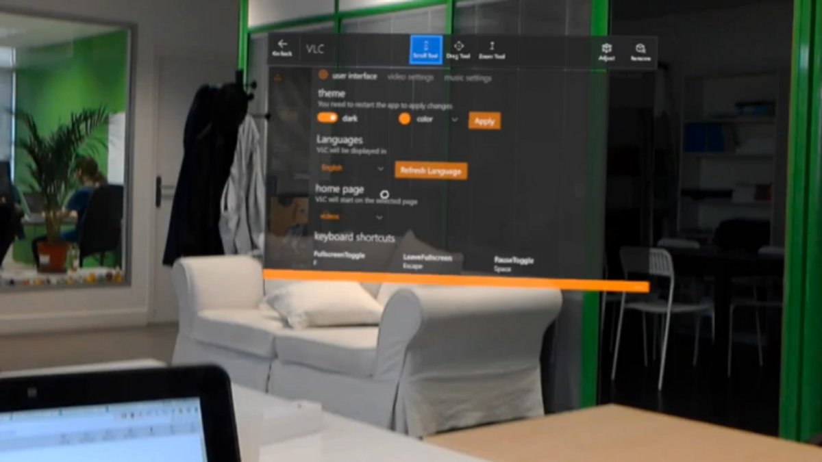 New HoloLens video of the universal VLC app released