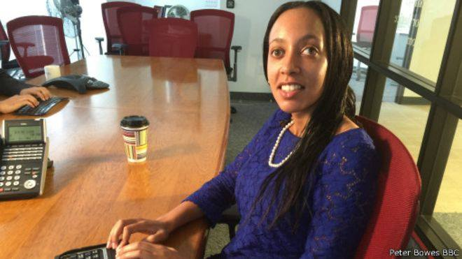Haben Girma -the first deafblind person to graduate from Harvard Law School- joins us for a Q&A on Facebook in 2hrs https://t.co/SX4Q7cL8Oc