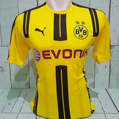 12PasJersey Surabaya's photo on Borussia Dortmund