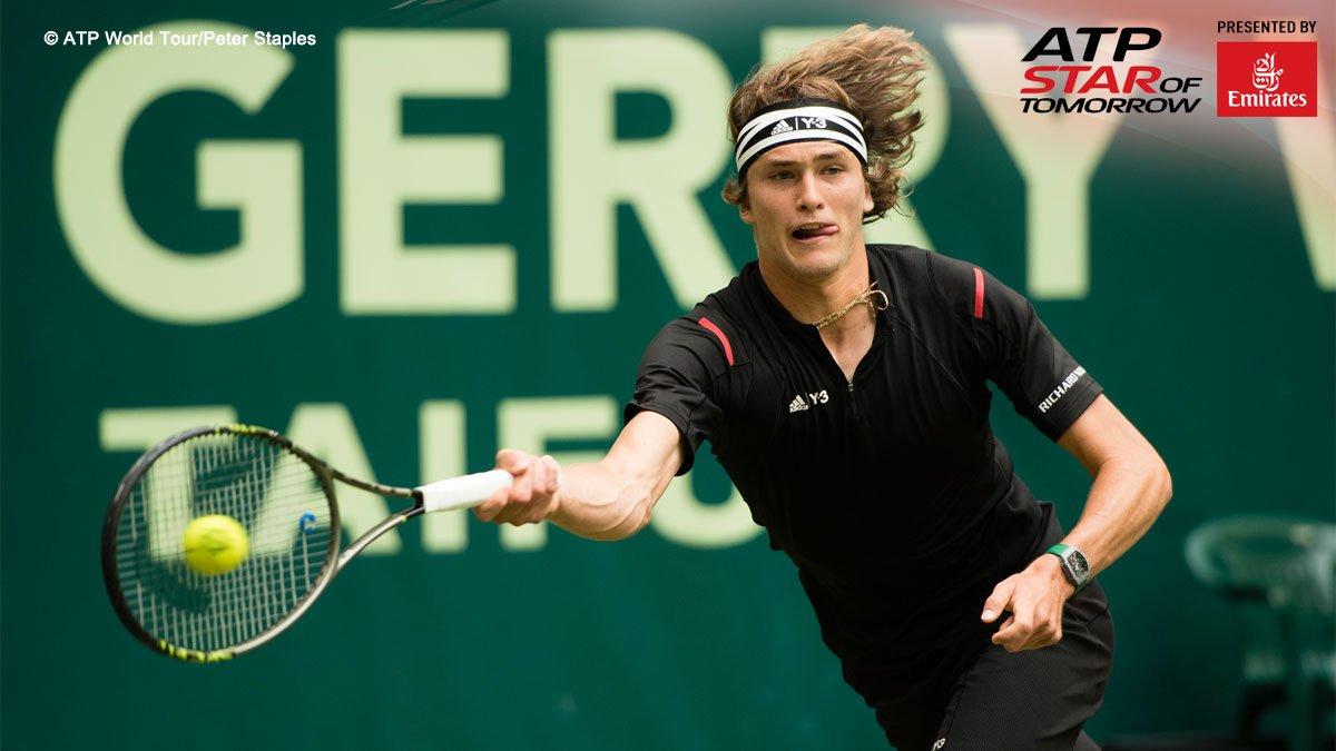 The future is now! #NextGen star #Zverev dethrones #Federer 76(4) 57 63 in Halle semis. Read https://t.co/mDRYls1RKe