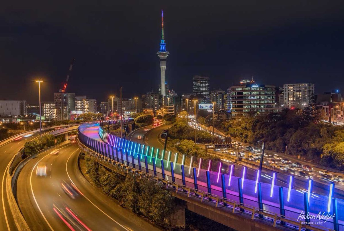 ❤️Thanks @AklCouncil and @AklDesignChamp for making this happen. Sending our love to #Orlando  ❤️ #auckland https://t.co/ZHw5fx6HTQ