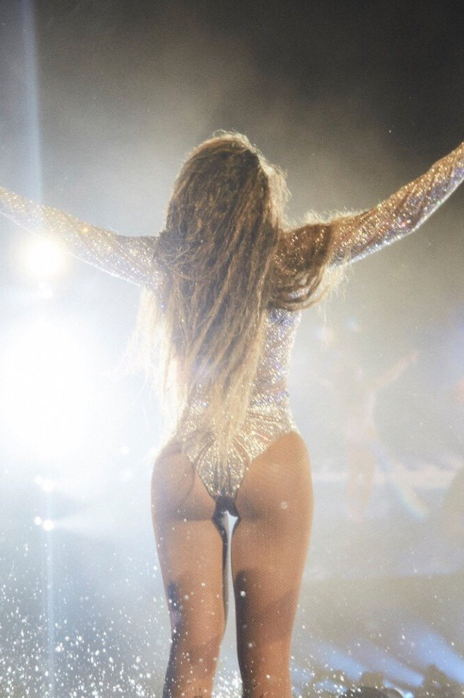 beyonce-shakes-ass-caillou-nude