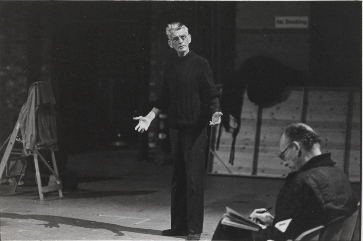 #SamuelBeckett rehearsing ENDGAME at Riverside in 1980 https://t.co/cTAHevQDG8