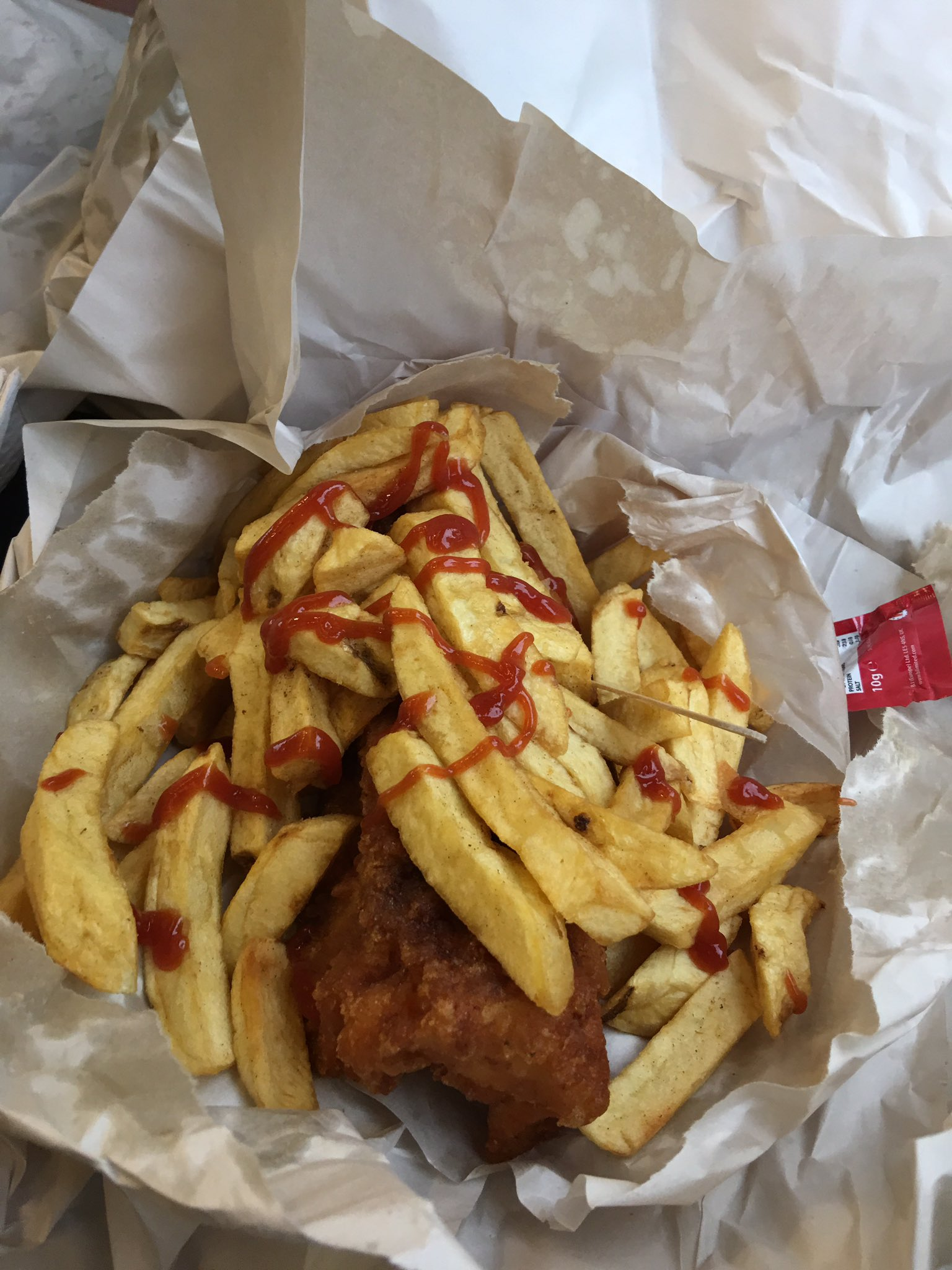 Appy belated fish n chip Friday https://t.co/q6k04Ulbqf