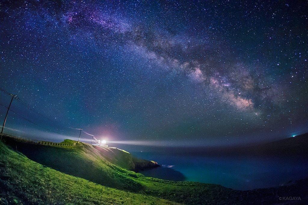 この3枚、厚岸郡、霧多布岬などの星空は一晩で撮影しました。天の川が昇ってから急いで周り、もう一箇所根室でも撮影する予定でしたが、薄明が始まるのが午前2時と恐ろしく早く、間に合いませんでした。 pic.twitter.com/tgsutYeNqL