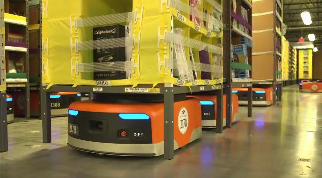 具体的に数字となってでてくるともう逃げられないですね。  Amazonの倉庫番ロボットが24億円以上のコストカットに成功、人間の仕事を奪う日も近い? https://t.co/If8svQYcwN https://t.co/mAsELEL061