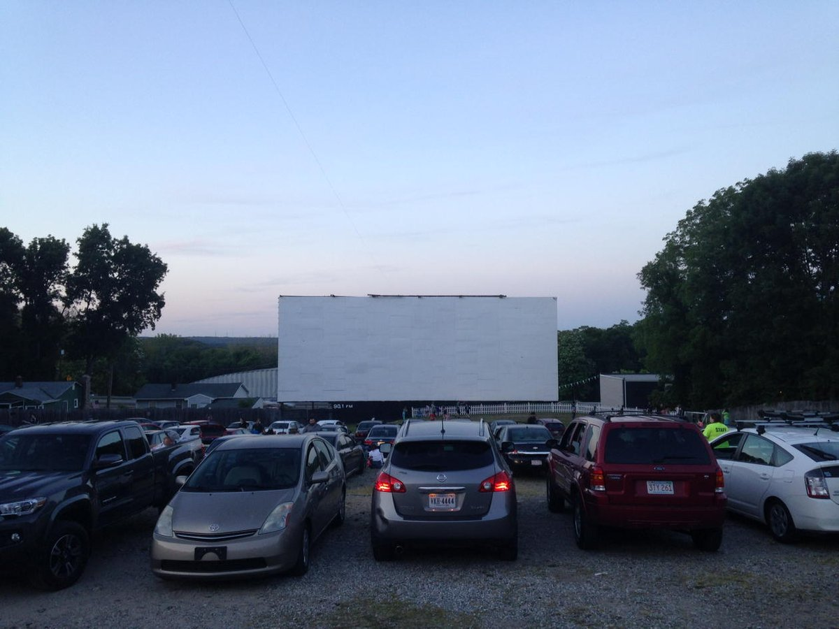 """scott kirsner on twitter: """"at the rustic tri vue drive-in (first"""
