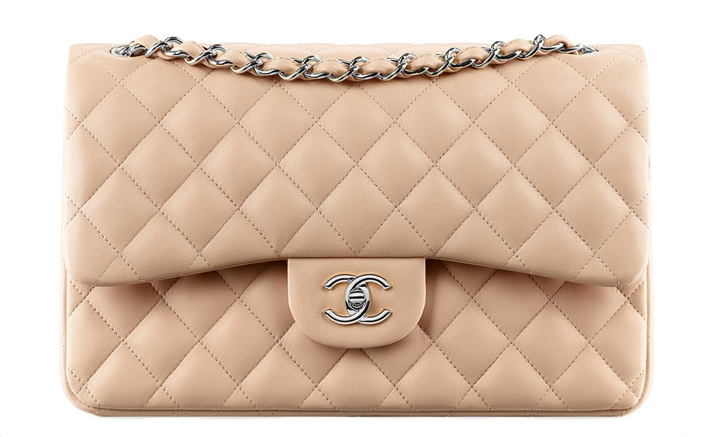 eae5e1fbeea3 check out the ultimate bag guide of the chanel classic flap