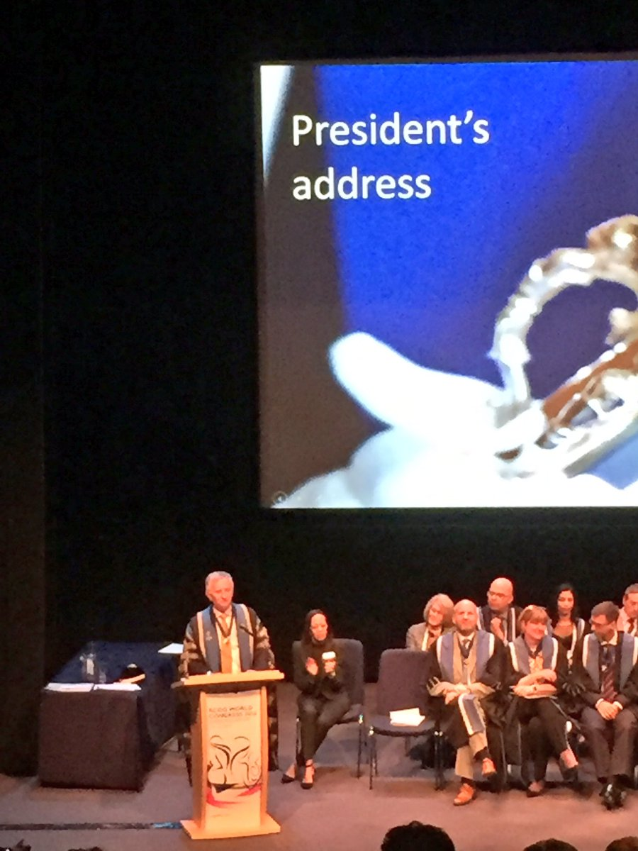 """Dr Richmond tells new Fellows """"it's up to you, as future leaders of our profession, to make a difference"""" #RCOG2016 https://t.co/tcZlVm6Djm"""