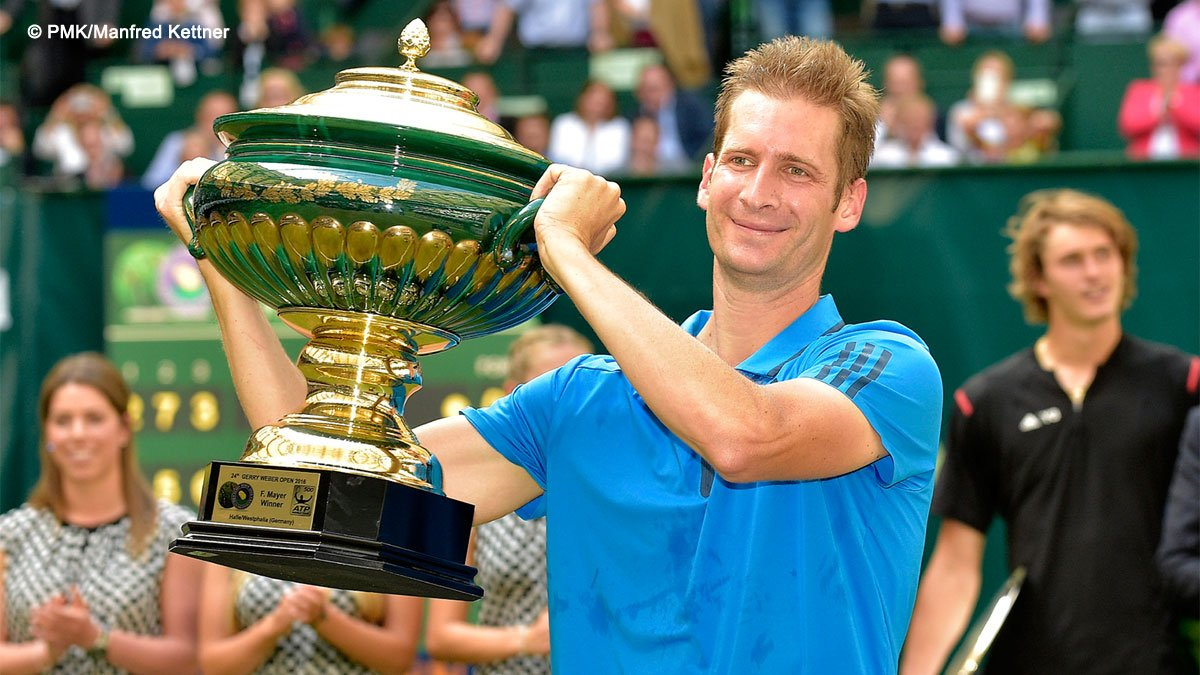 Mayer Lifts The Halle Trophy Its Biggest Win Of My Career I Cannot Believe It Read Bitly 28OAgdr Pictwitter NiRRrVYYOb