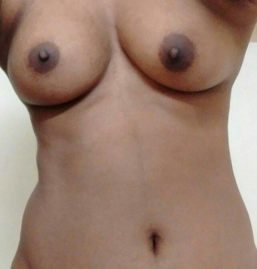 Nude Selfie 6361