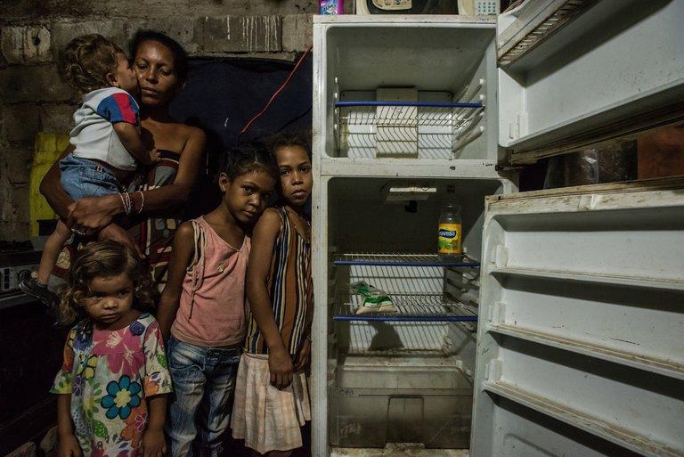 Bad leaders can destroy even rich nations: Venezuelans Ransack Stores as Hunger Grips Nation https://t.co/Sl5QhlUIML