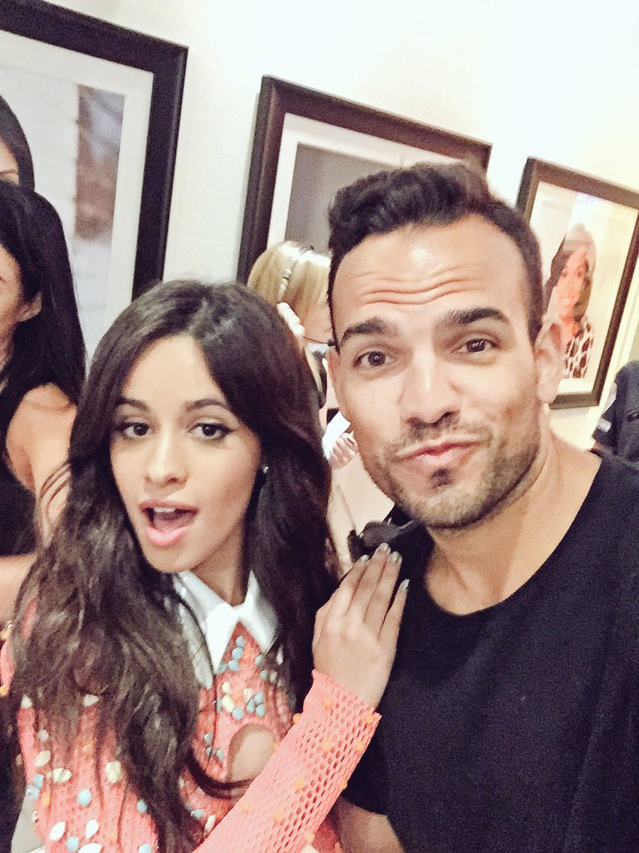 I am #bts at the #MMVAs with @FifthHarmony's @camilacabello97 !!! https://t.co/nexGiDYhOq