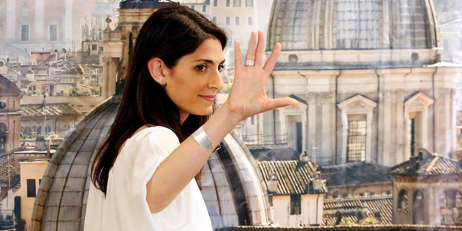 Virginia Raggi, prima donna a diventare Sindaco di Roma