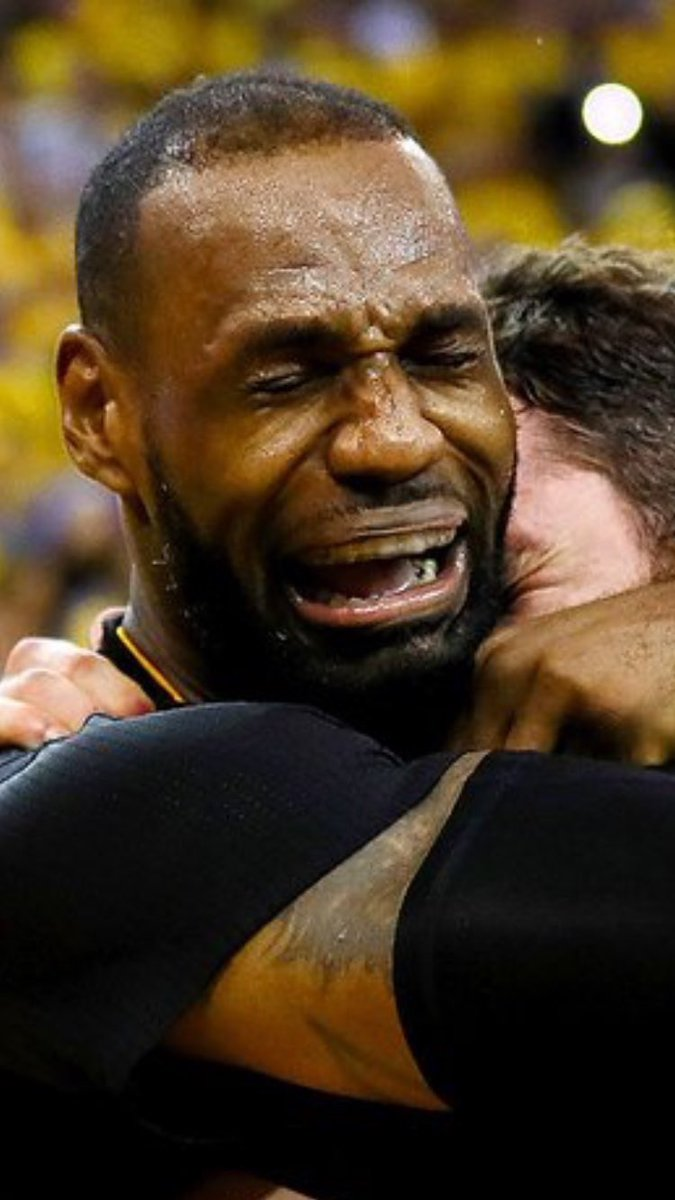 346275a19418 Crying Lebron on Twitter