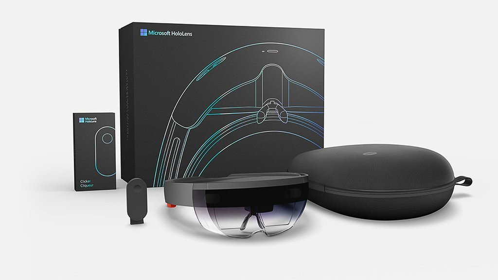 Microsoft Bringing Outlook and Calendar to HoloLens