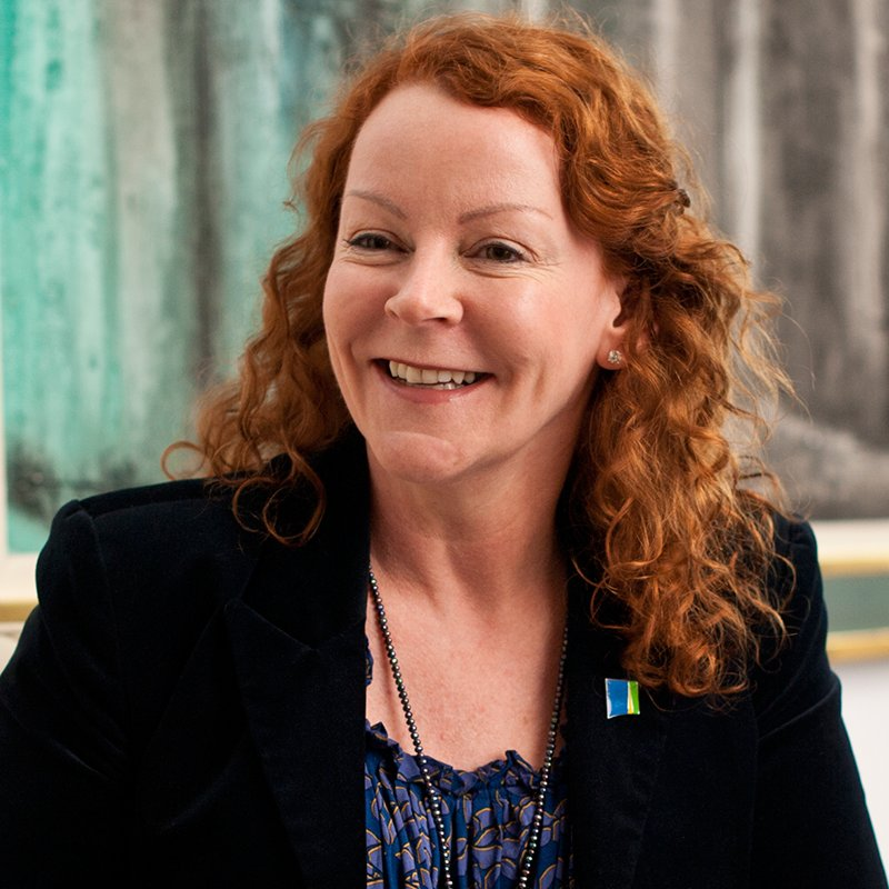 We're delighted to announce @Avivaplc's Amanda Mackenzie OBE as our new Chief Executive https://t.co/VwEukBha7g https://t.co/nZPUfZnbo3