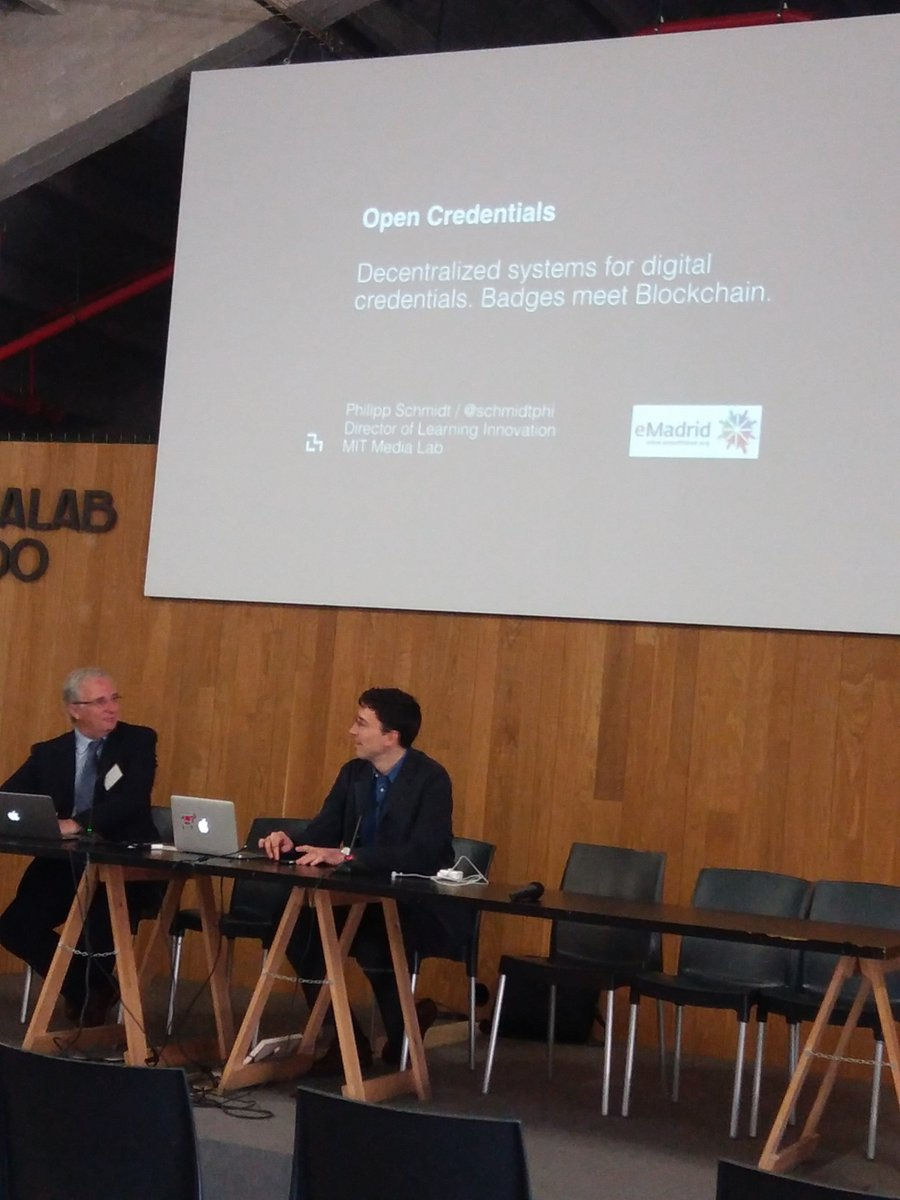 """Open Credentials"" Por @schmidtphi del MIT en @medialab para @emadridnet. ""Unbundling education"" https://t.co/EmI8bHnBai"