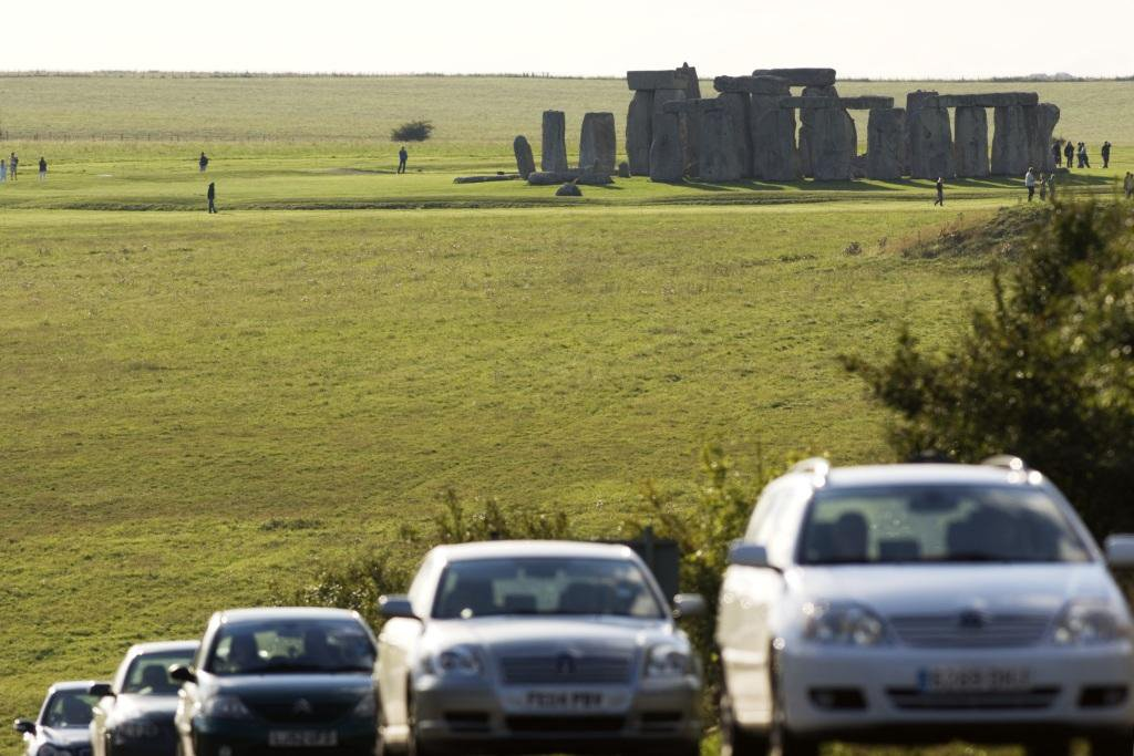 Off to the summer solstice at Stonehenge? Click here for traffic advice: https://t.co/yda2CccjL7 | @EH_Stonehenge https://t.co/zjpiBwVkzs