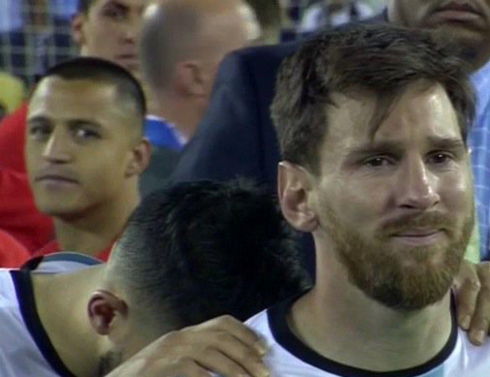 Listening to Macca melt down like... #ENG #ENGISL #EURO2016 https://t.co/yuWMSaWsYm