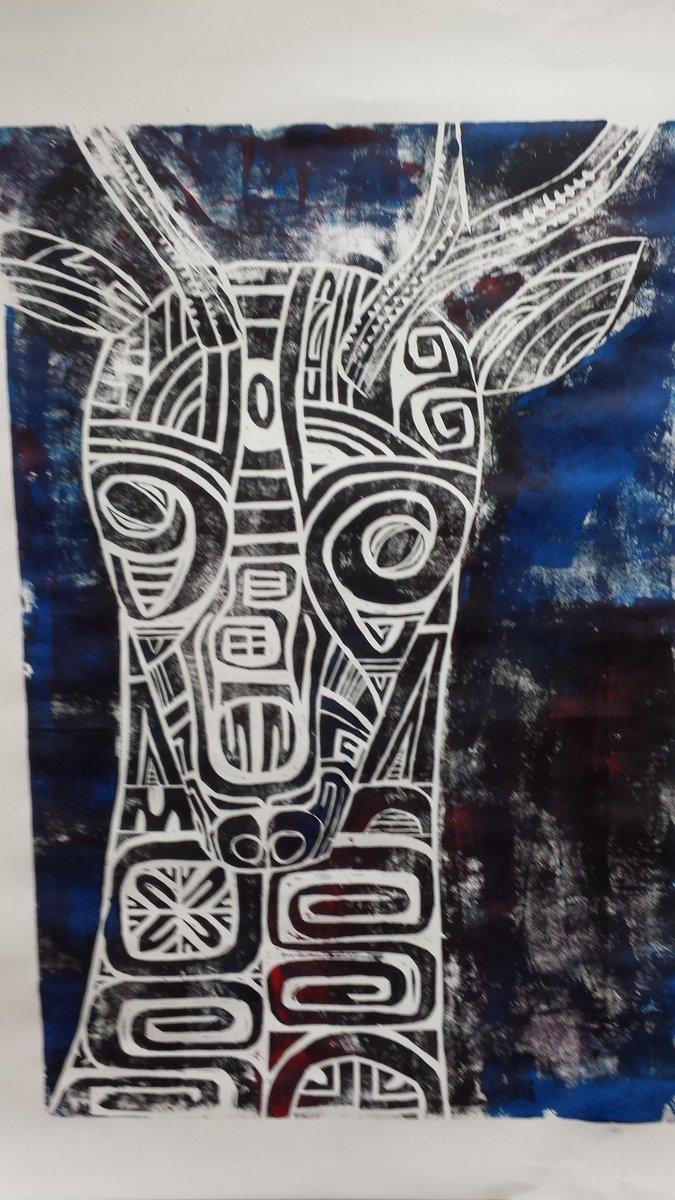 サーミの現代アーチストと明日から二日間だけ大通美術館で展示してます。この「ユク 眼差し」が貴方を迎えます https://t.co/3ojGsrMgLV